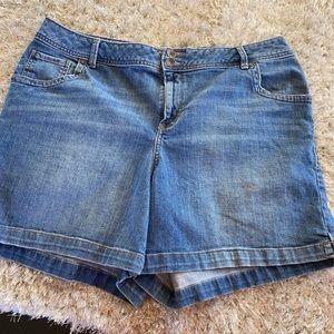 Lane Bryant Jean Shorts Size 18